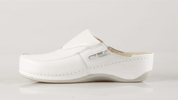 Batz FC10 – ženske klompe bijele boje – VV obuća trgovina - bočno