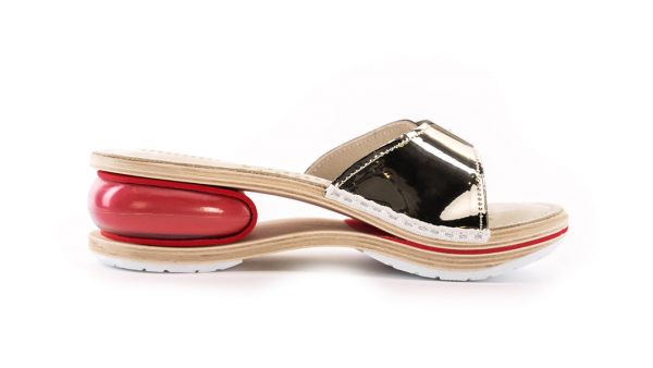 Ženska zračna natikača A200 Biancomolina Zlatna – VV obuća